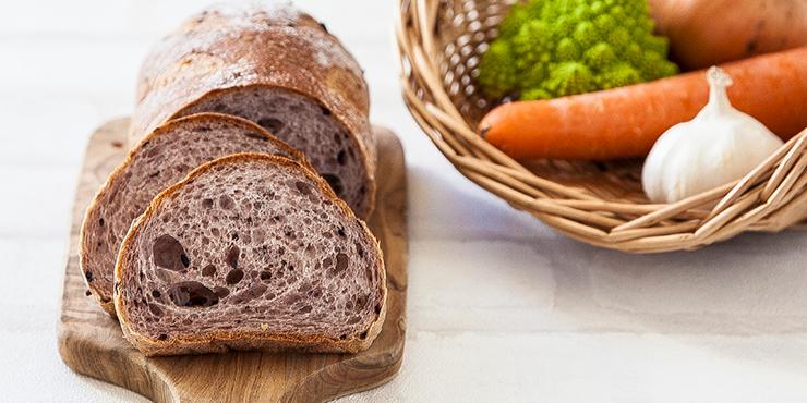 手こねパンとマクロビ料理
